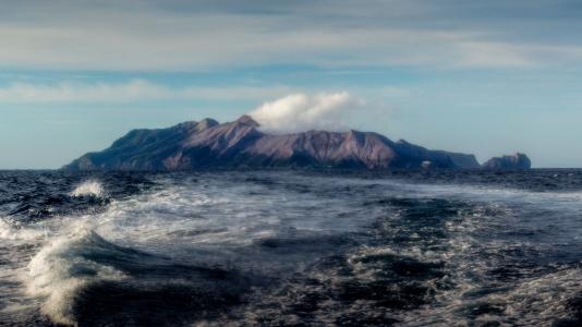 Whte Island